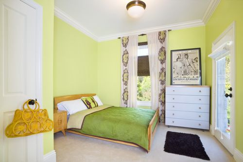 Green bedroom and warm light
