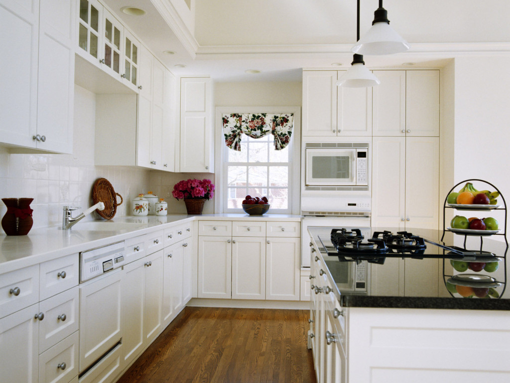 white kitchen design minimalist