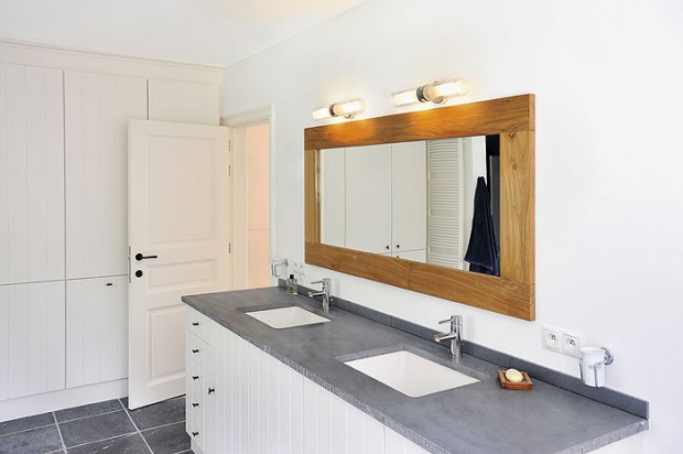 modern bathroom mirror with wall light